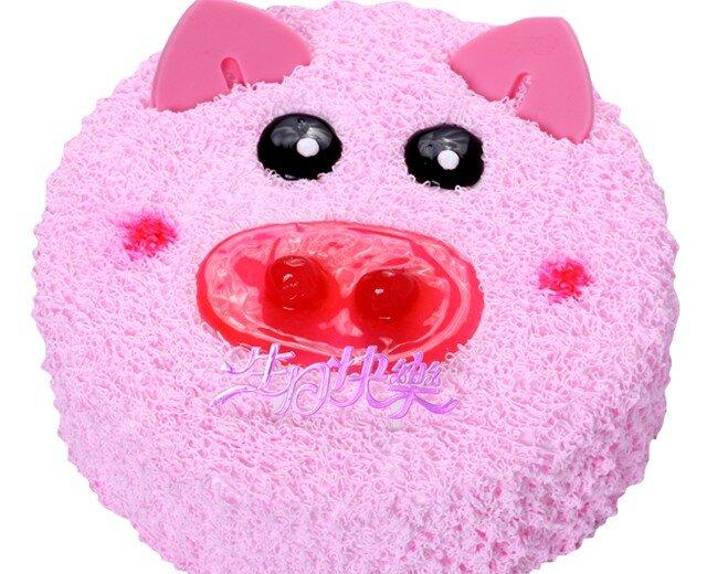 粉嘟嘟的小猪造型,生动可爱